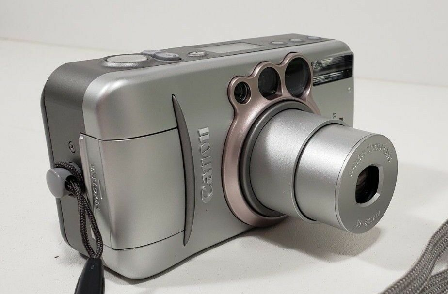 Canon Sure Shot 80U Film Camera with case image 3