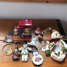 Estate Lot of Painted Metal Wood Fabric Resin Hallmark Old World SNOWMAN... - $18.49