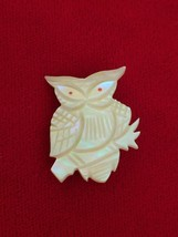Cute Vintage 1960's Hand Carved MOP Owl Pin Brooch Mother of Pearl - $16.44