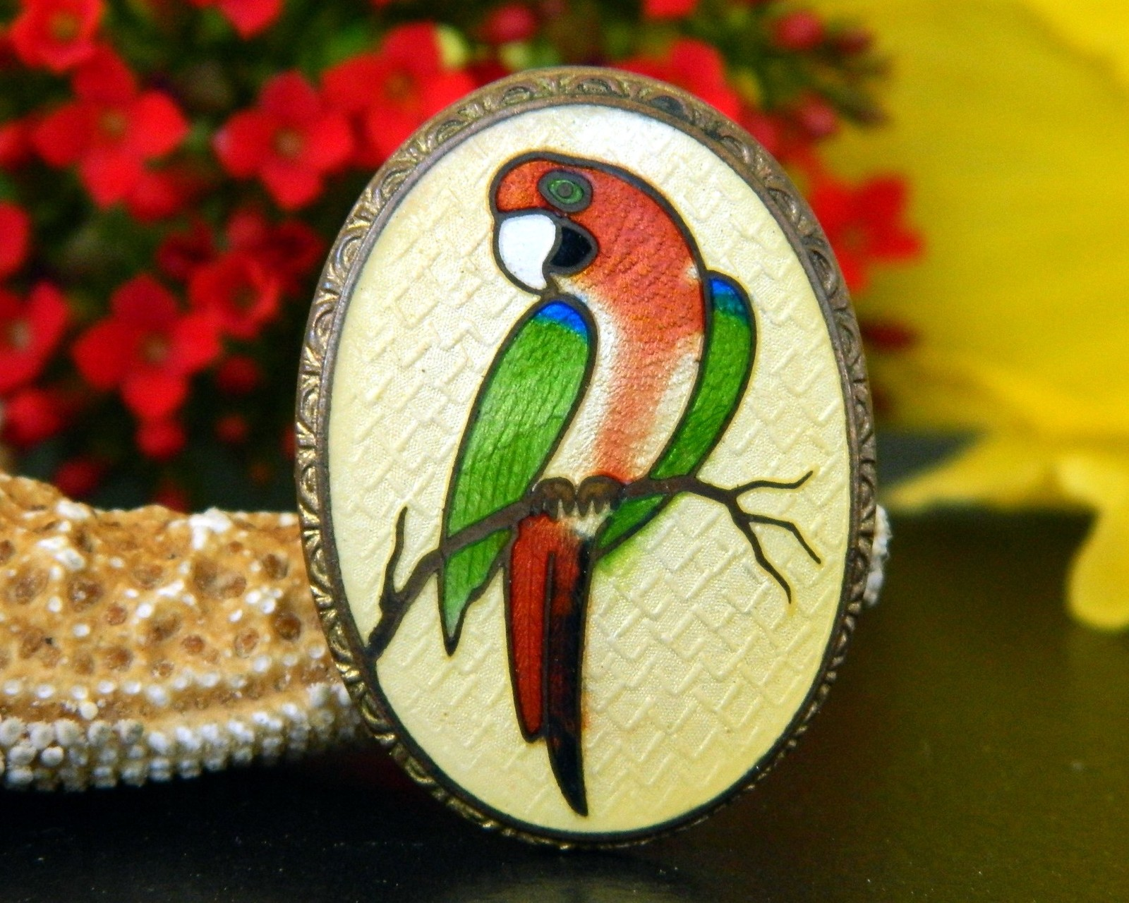 Primary image for Vintage Guilloche Cloisonne Parrot Bird Macaw Oval Brooch Pin Enamel