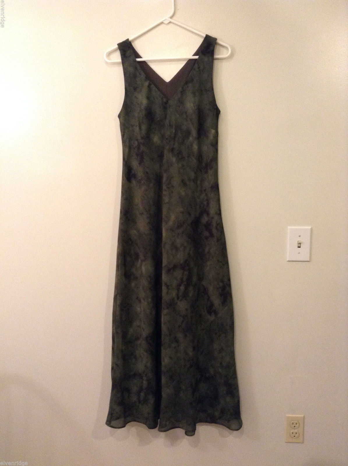 Rabbit Designs Olive Green Camouflage Sleeveless V-Neck Dress, size 10