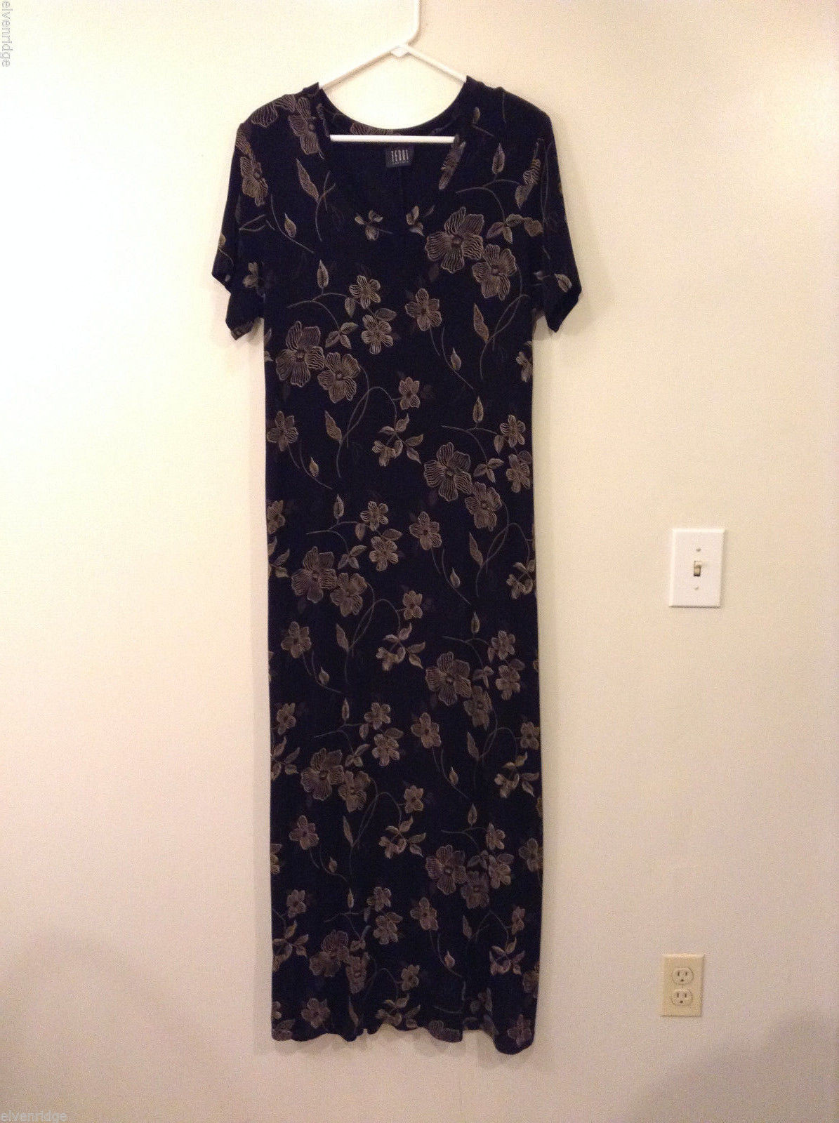 Teddi Dresses Black with Brown Flowers Very Stretchy V-neck Dress, size XL Tall