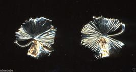 Mid Century Modernist Silver Tone Grape Leaves Leaf Earrings Vintage Clip On - $8.00
