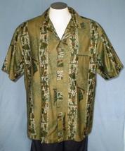 Iolani XL Button Down  Hawaiian Shirt with Pocket Vintage Green Geometri... - $35.00