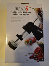 Trendz 20 Piece Cookie Press & Decorating Set NIB - $7.87
