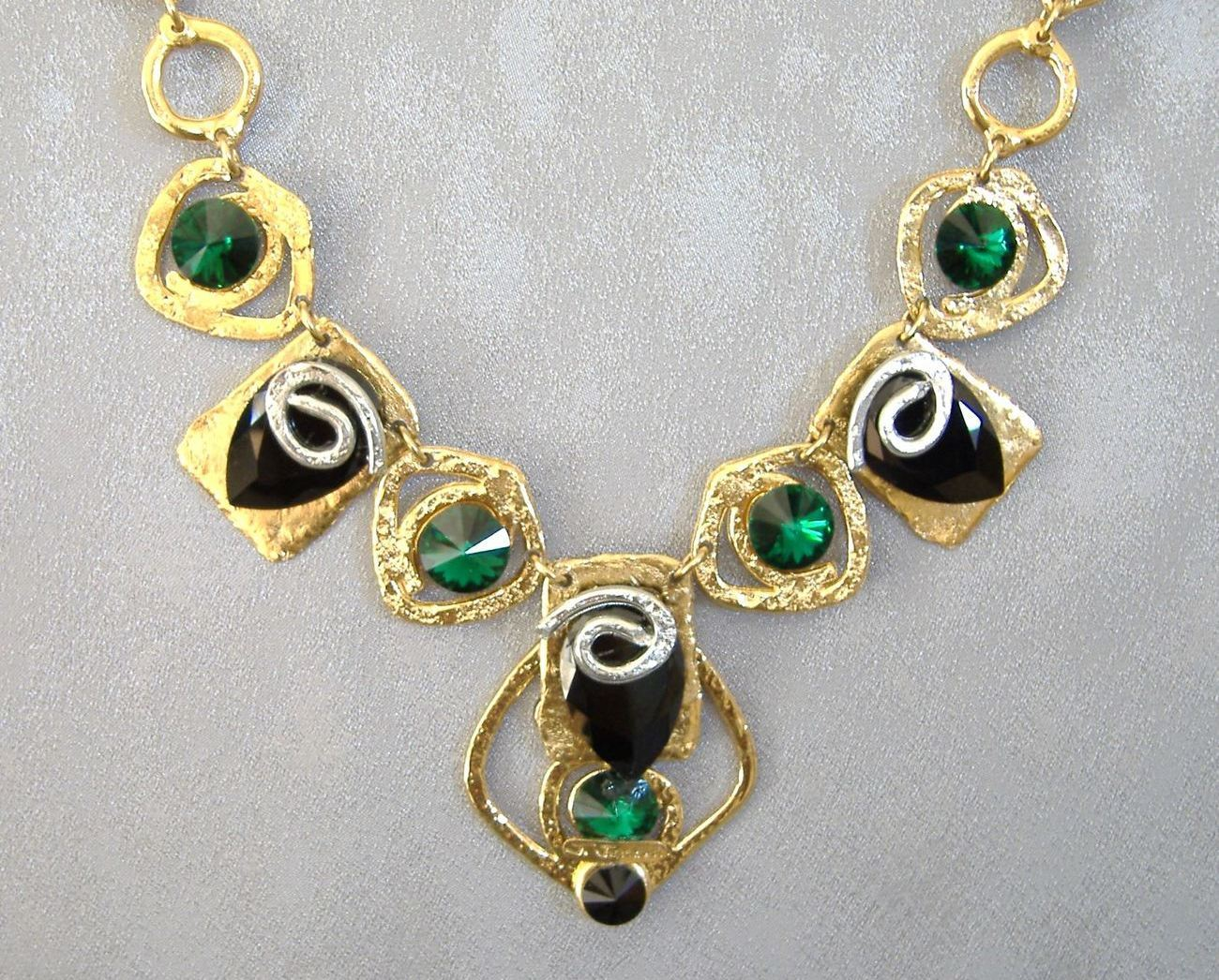 Primary image for Chunky Emerald Green Black Crystal Necklace Unique Gold Silver