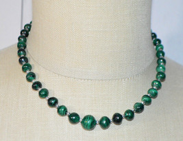 Green Malachite Graduated Bead Beaded Silver Tone Necklace Vintage - $89.09