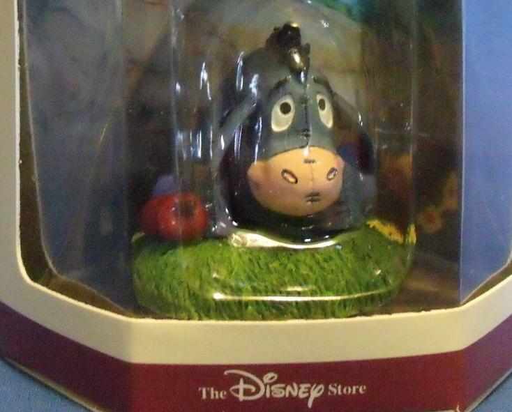 Disneys NIB 1966 Tiny Kingdom Winnie the Pooh EEyore Figurine