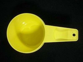 Tupperware Yellow Measuring Cup 2/3 Replacement Vintage - $5.89