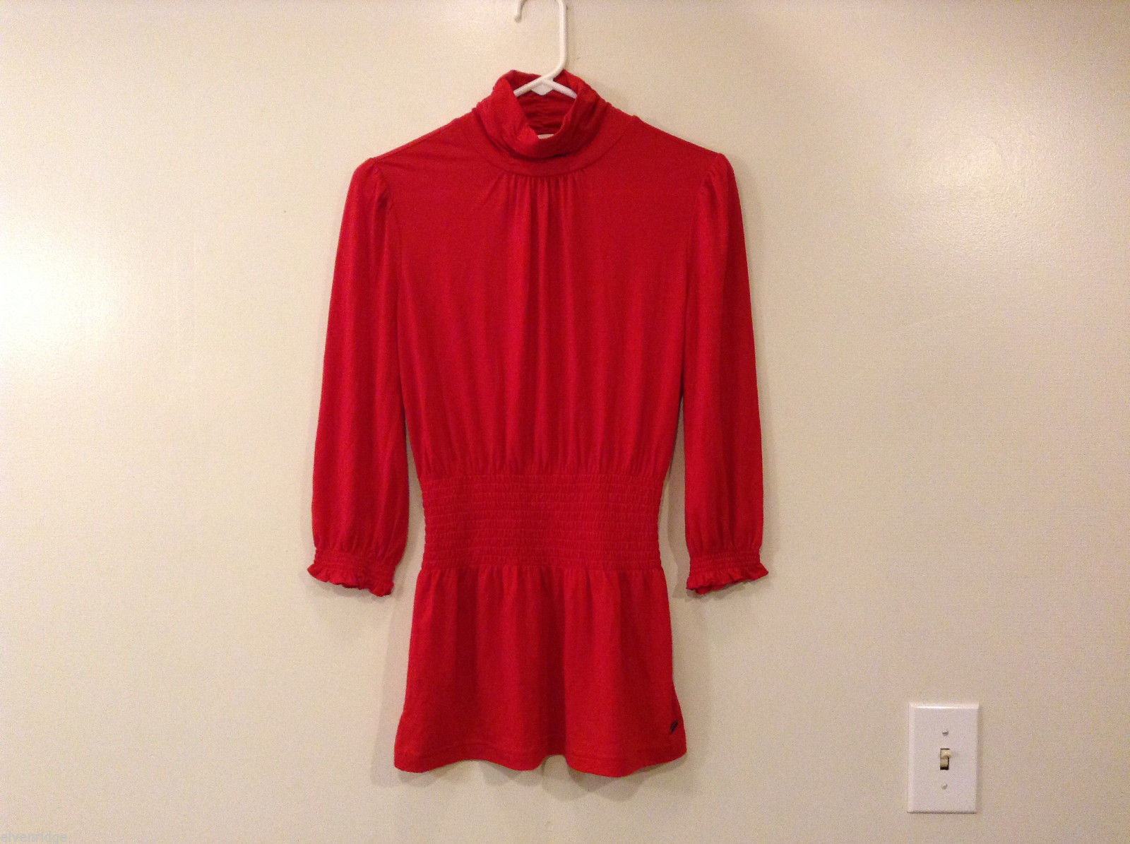 Ladies Candie's Scarlet Red Turtleneck Blouse Top 3/4 Sleeve, Size M, Elastic
