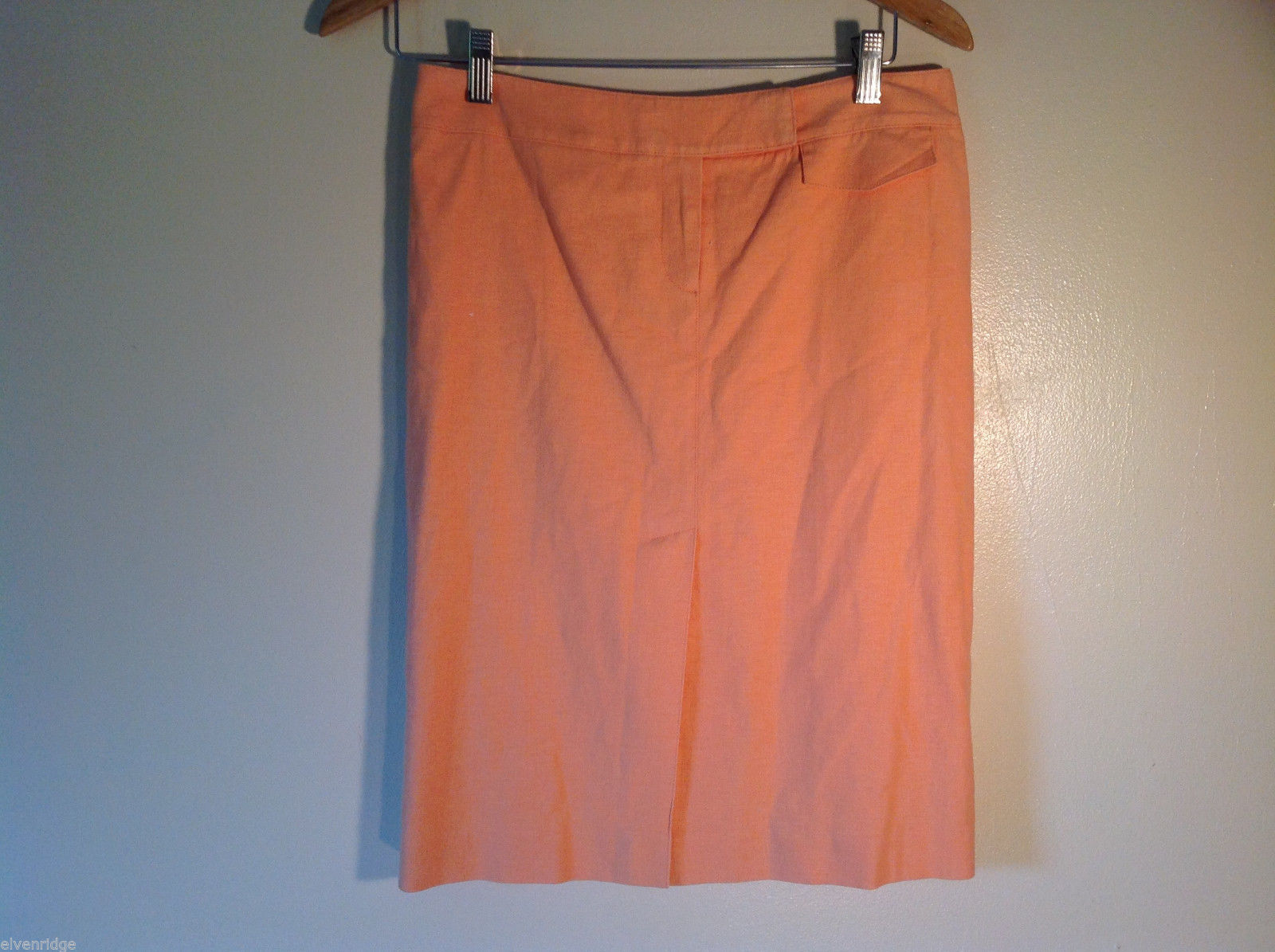 Womens Tahari Size 6 Peach Skirt Excellent Condition