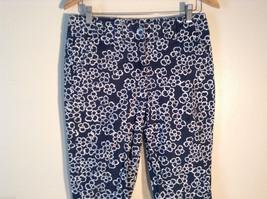 Womens Liz Claiborne Size 8 Black Floral Print Jeans/Pants Great image 2