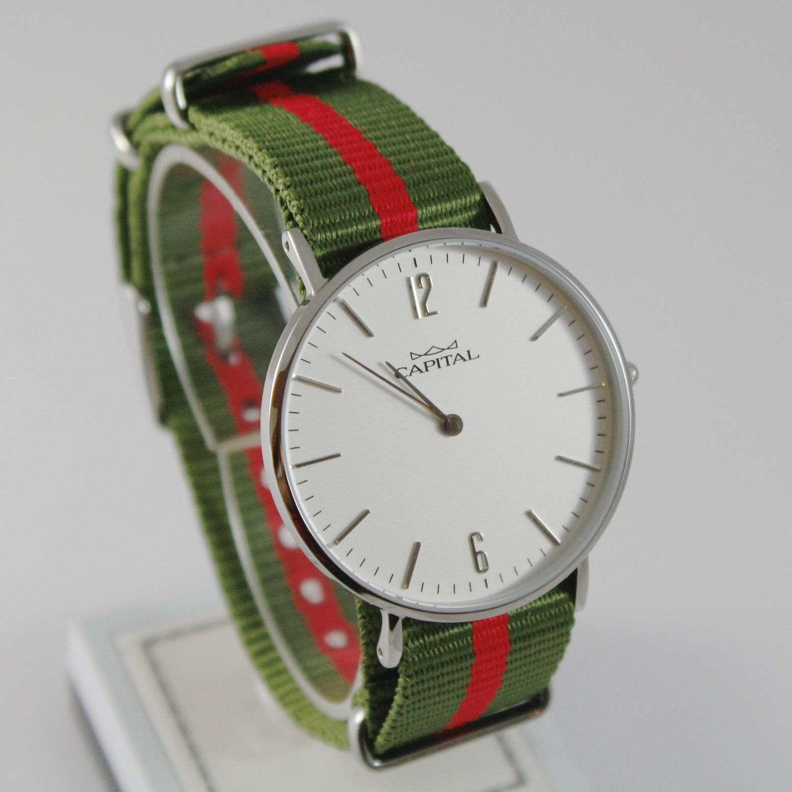 CAPITAL WATCH QUARTZ MOVEMENT 36 MM CASE GREEN AND RED FABRIC BAND NYLON VINTAGE