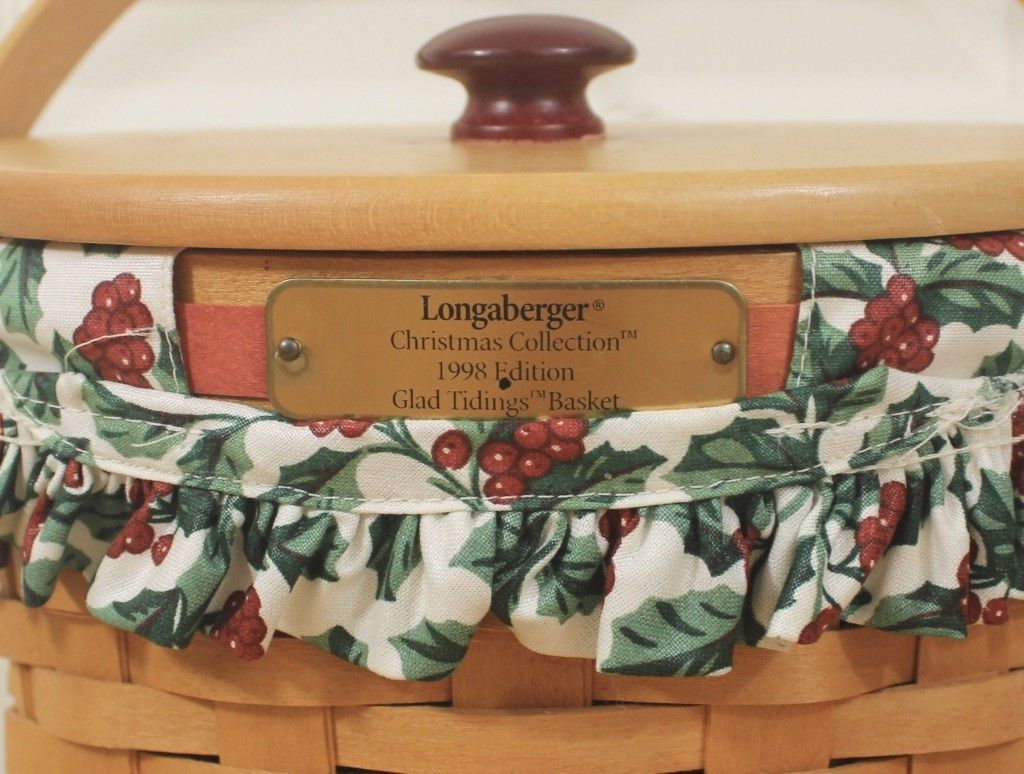 Vtg 1998 Longaberger Xmas Collection Glad Tidings Holly Berry Liner Basket w/Lid