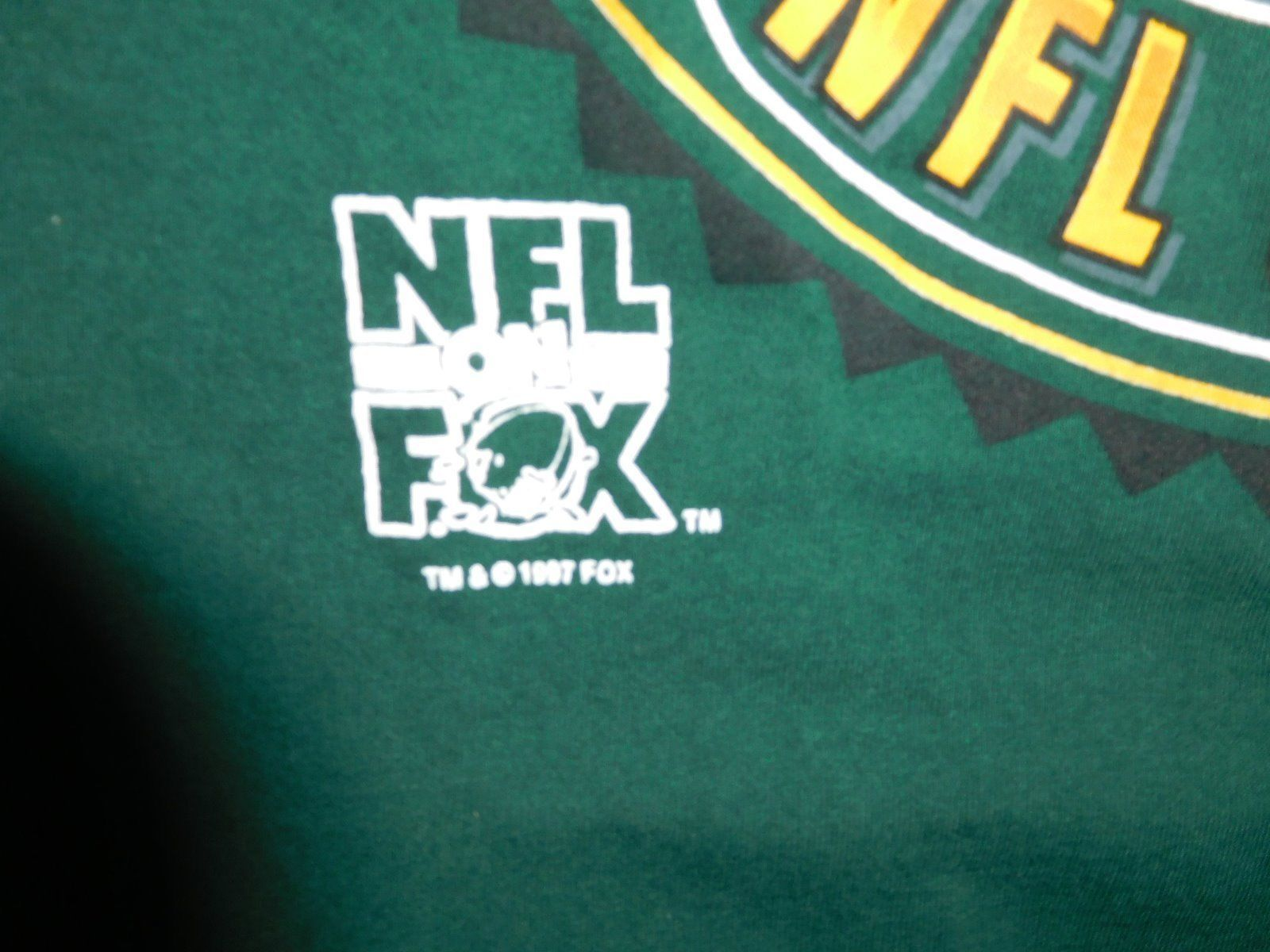 NFL on Fox T Shirt ~ Green Bay Packers ~ Size L