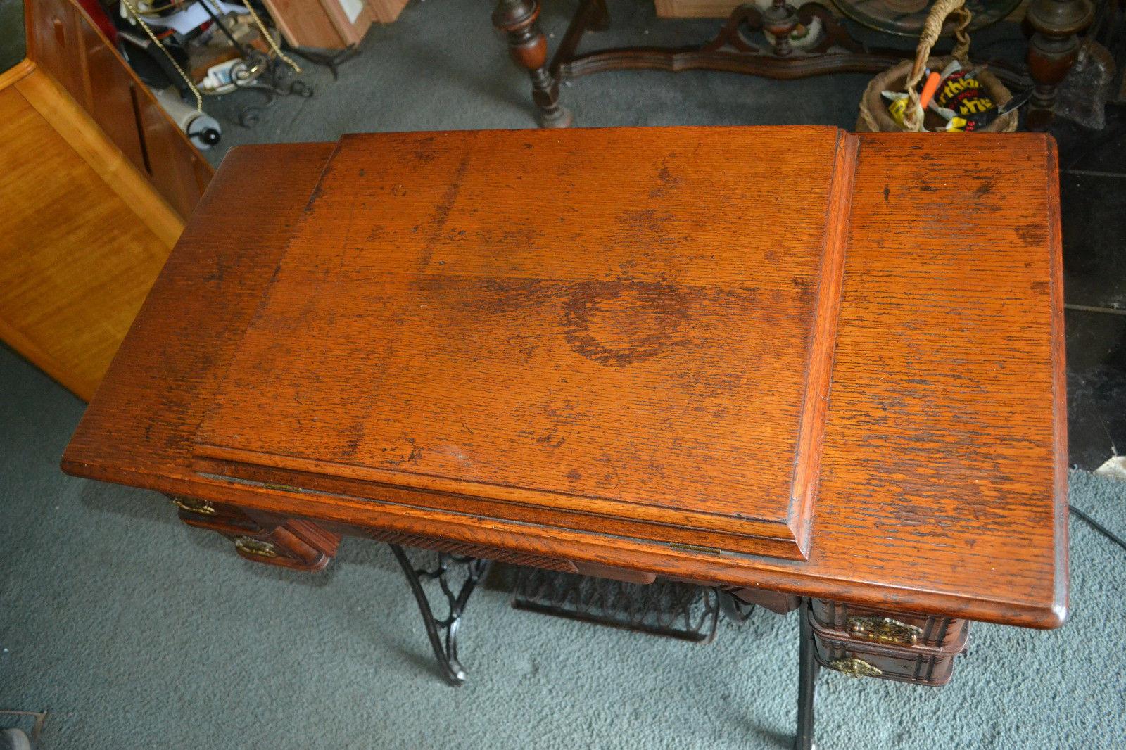 antique vtg victorian singer sewing machine cast iron wood base sewing machines. Black Bedroom Furniture Sets. Home Design Ideas