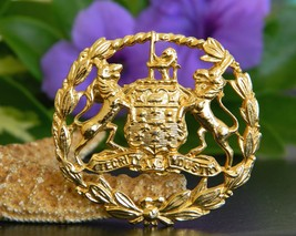 Vintage Coat of Arms Brooch Pin Lion Wolf Crest Integrity Industry - €24,37 EUR