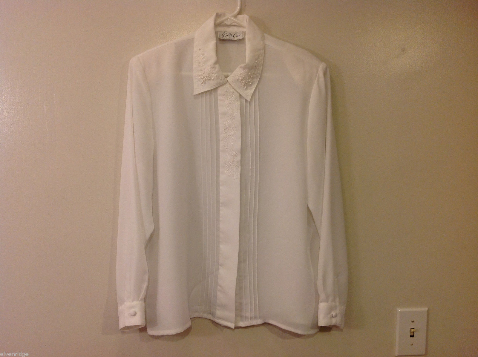 Kathy Che Women's Size 14 Blouse Pintuck White Shirt w/ Embroidery & Pearl Beads
