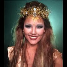 Golden Crown, Golden Tiara, Wedding Tiara, Wrea... - $175.00