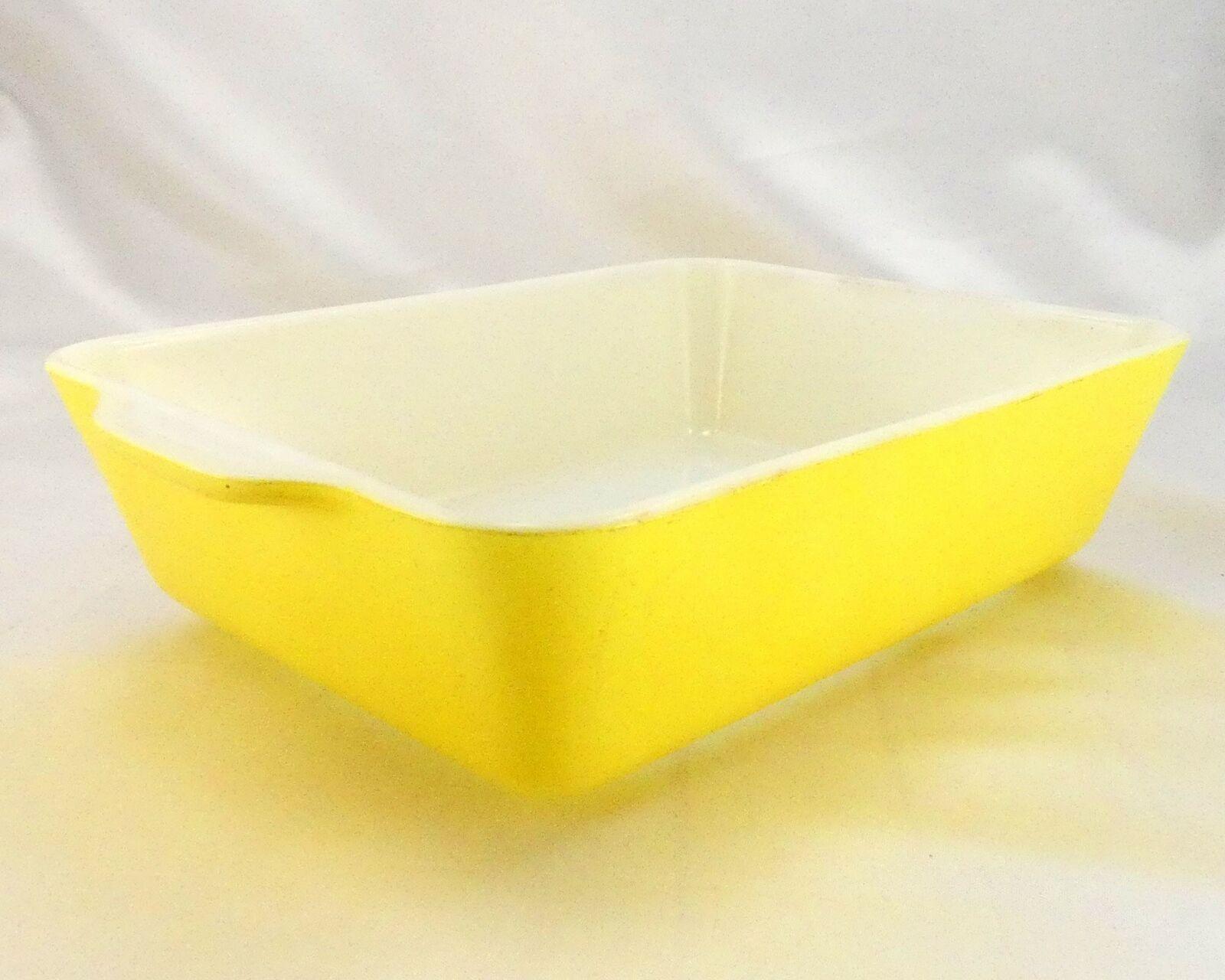Pyrex 503 Banana Yellow Fridge Dish Milk Glass w/ Lid Made in the USA image 3
