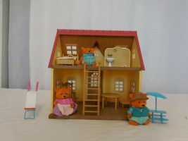Calico Critters Cozy Cottage Epoch Starter Home Red Roof House Furniture Figures - $22.78