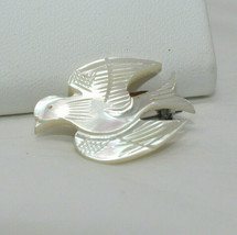 Vintage 'Made in Taiwan' Hand carved Mother of Pearl DOVE Bird Pin E3 - $9.89
