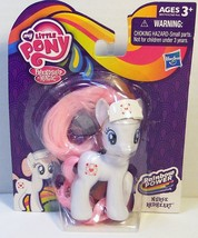 My Little Pony Nurse Redheart Rainbow Power exclusive figure 2014 - $190,85 MXN