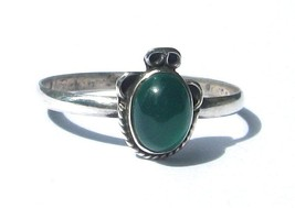 Solid Sterling Silver design  .925 Ring With Ov... - $8.99