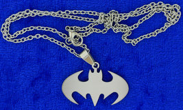 Batman Crest Necklace Style Bat Symbol Chain Style Length Choice - $4.49+
