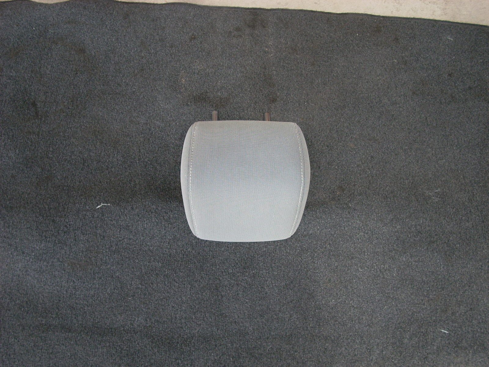 2013 FORD FOCUS REAR CENTER HEADREST