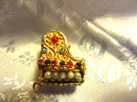 VINTAGE 14k GOLD GRAND PIANO CHARM PENDANT with PEARLS & STONES. Sku 100 -5 - $429.99