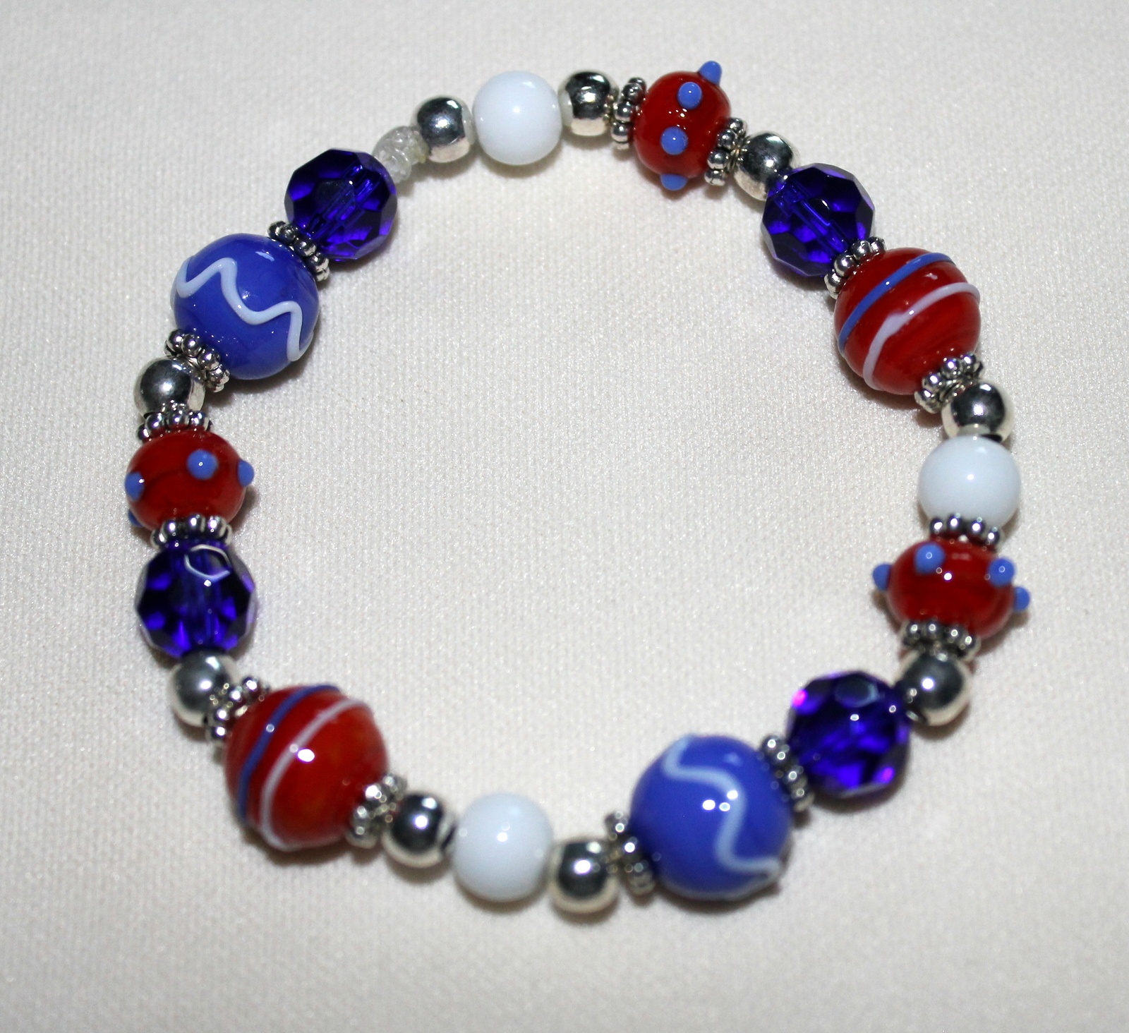 Patriotic Red, White and Blue Lampwork Beaded Bracelet