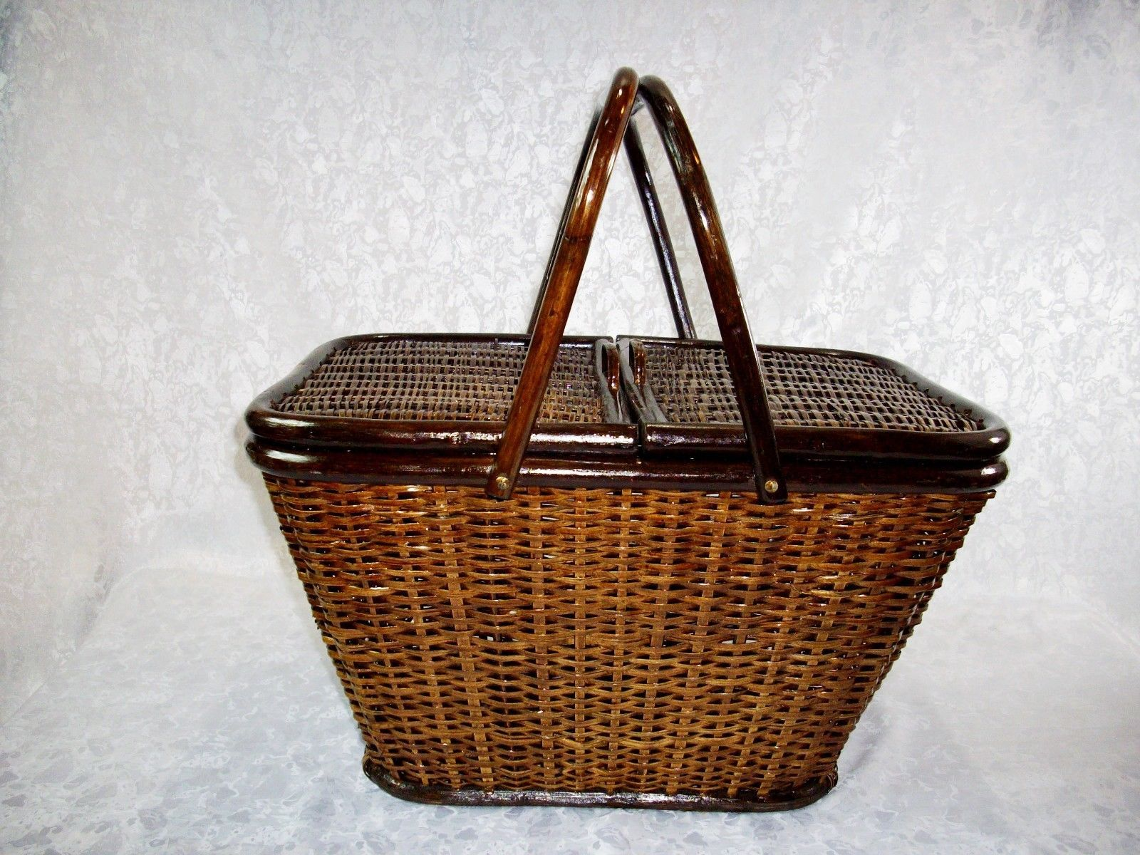 Picnic Basket Items : Vintage dark brown wicker picnic basket and similar items
