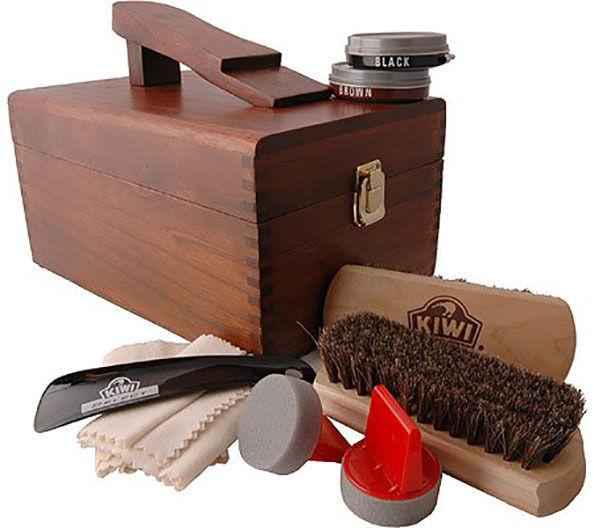 Kiwi Shoe Care Boot Shine Polish Valet Kit Wooden Box with Polish Brushes Gift