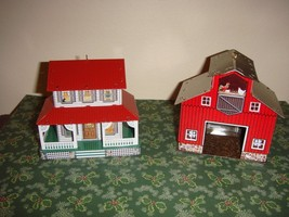 Hallmark 1999 Farm House Town And Country Series & Red Barn Ornament - $12.99