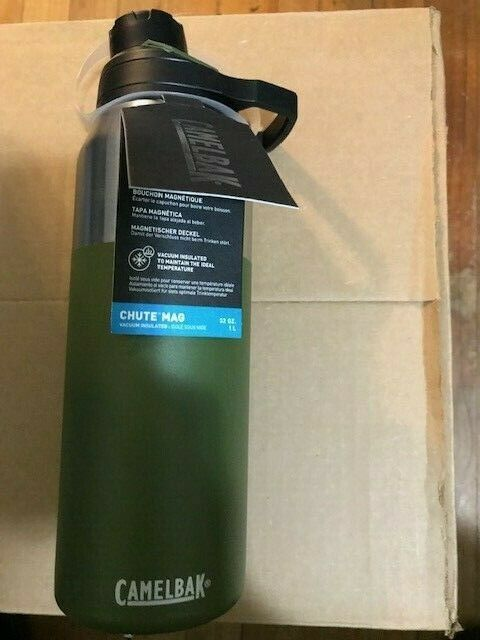 Camelbak Chute Mag Vacuum Insulated Stainless Bottle 32 oz / 1L Olive Green