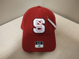 New Adidas N.C. State Wolfpack Fitted Hat Size Small/Medium S/M Red M844Z - $9.50