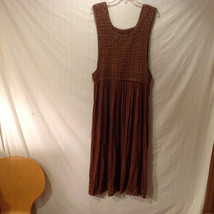 Unbranded Women's Size L Dress Brown Crochet Scoop Neck Sleeveless Pleated Maxi