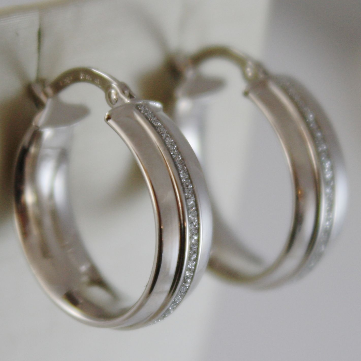 SOLID 18K WHITE GOLD CIRCLE HOOP EARRINGS GLAM LUMINOUS AND BRIGHT MADE IN ITALY