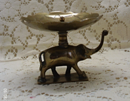 Vintage Brass Made in India ELEPHANT Ring Holder // Jewelry Display / Boho Decor - $15.50