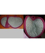 Heart Shaped Pocket Potholder Mitt 2 TINY FLOWE... - $7.95