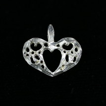 Vintage .925 Sterling Silver .5g Hollow Carved Mini Heart Pendant Charm - €7,75 EUR