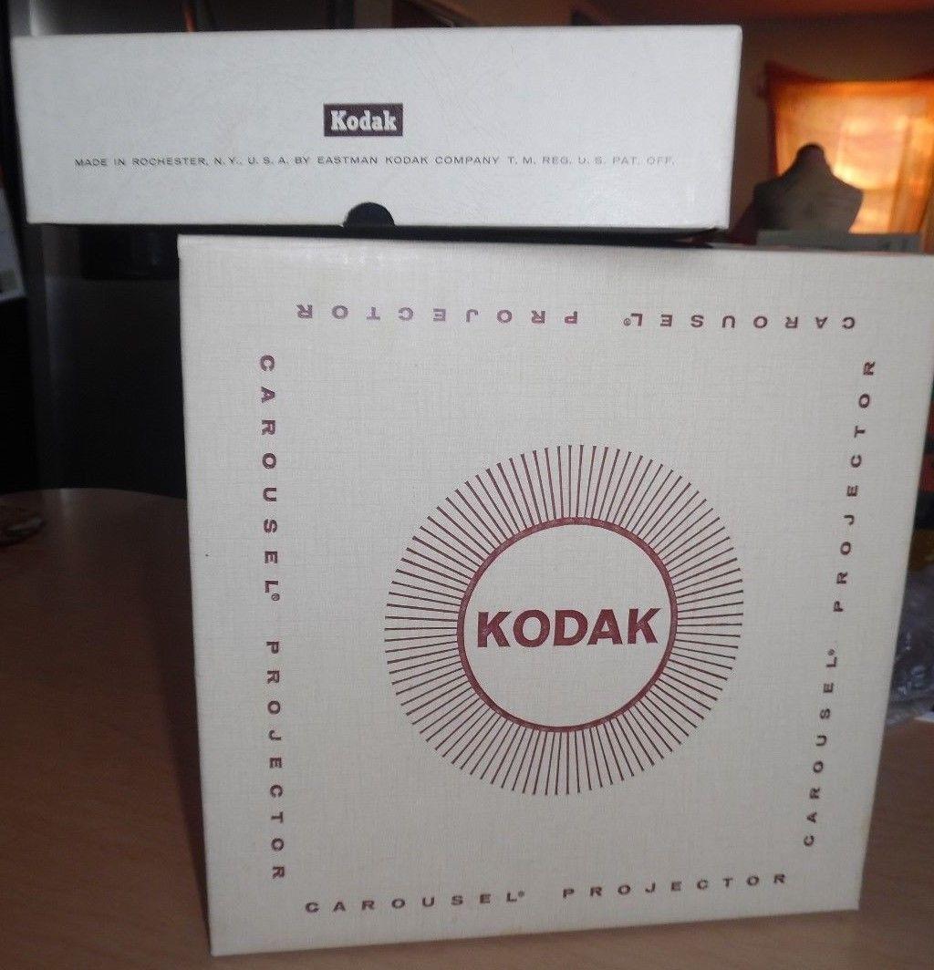 vintage Kodak Carousel 800 projector 80 slide/stack loader carousels box cords