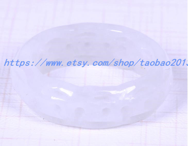 A cargo of natural jade ring jade ring hollow Ms. Jade Ring size ( us 6 - 12 )