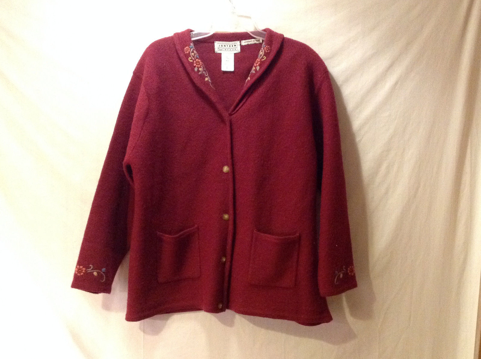 Jantzen Woman Women's Size 1X Cardigan Sweater Burgundy Red Floral Embroidery
