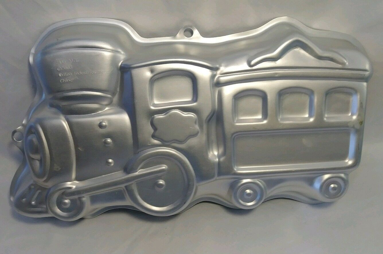 Primary image for Wilton Cake Pan: Train 2105-2076 2003 b1