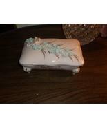 VTG. Victorian Style Ceramic Trinket Box L&M Lipper & Mann ? - $17.81