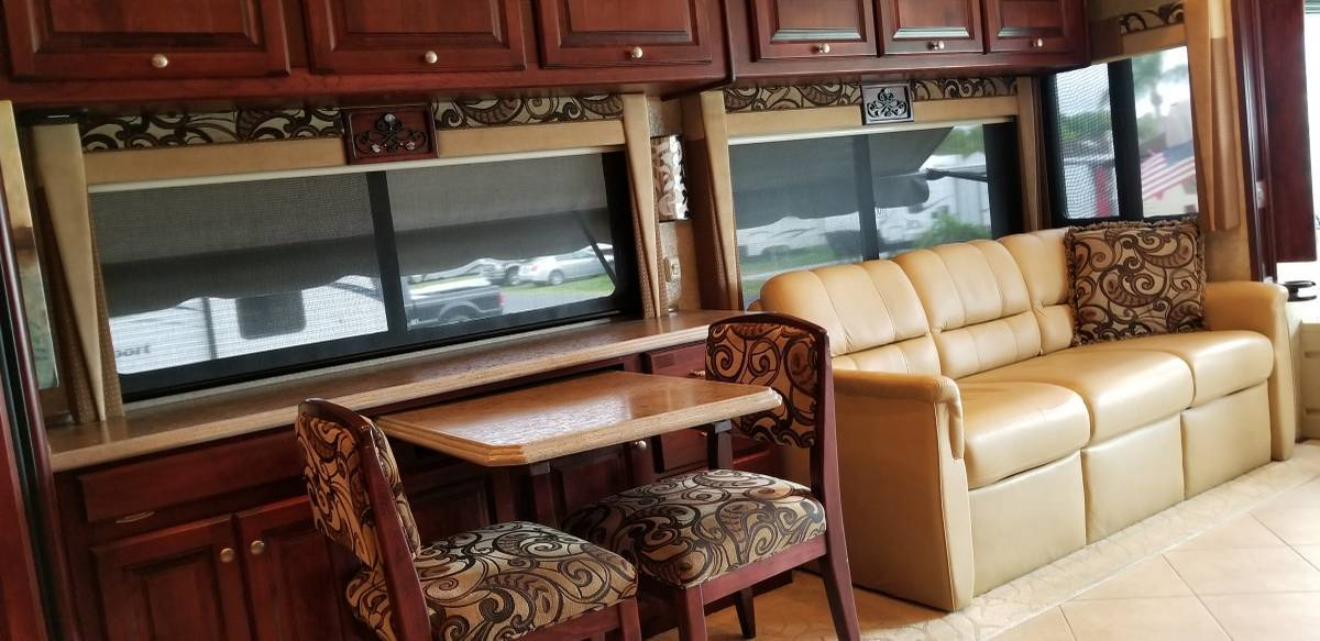 2010 Tiffin Motorhome For Sale In Holcombe, WI 54745