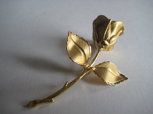 Vintage Rose Flower Brooch Gold Tone