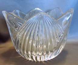Mikasa Lead Crystal Tulip Pattern 6 inch Wide Candy Bowl  - $7.49